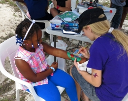Face and body painting at the IRHF