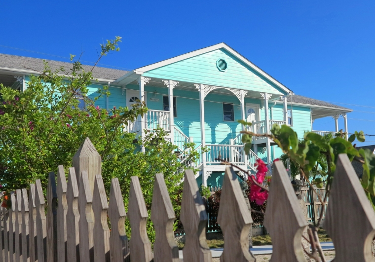 Golden Reef Apartments, Green Turtle Cay, Bahamas
