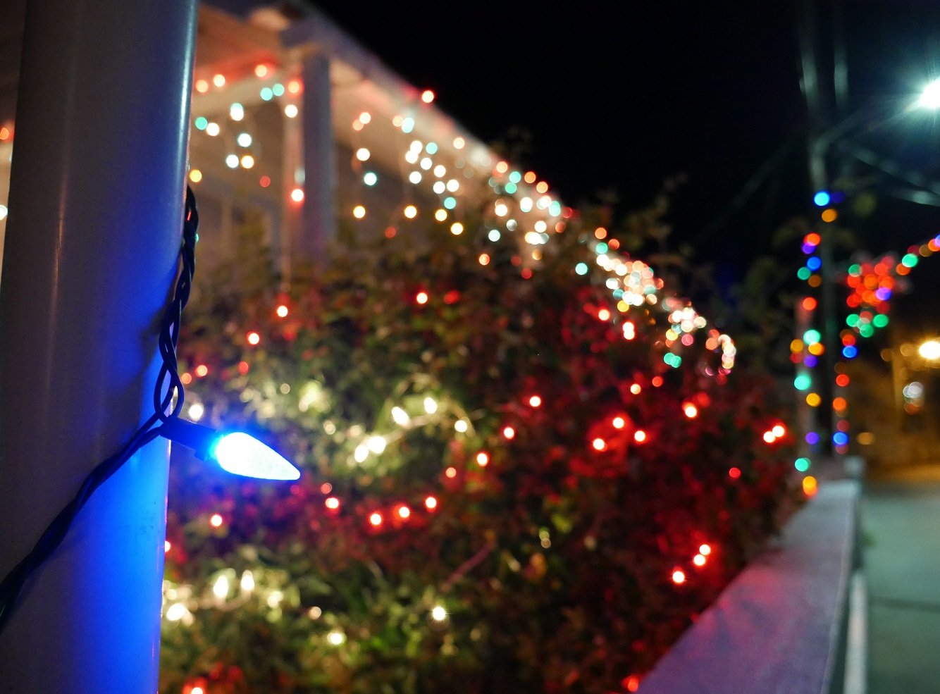 New Plymouth house decorated for Festival of Lights - Green Turtle Cay. www.littlehousebytheferry.com