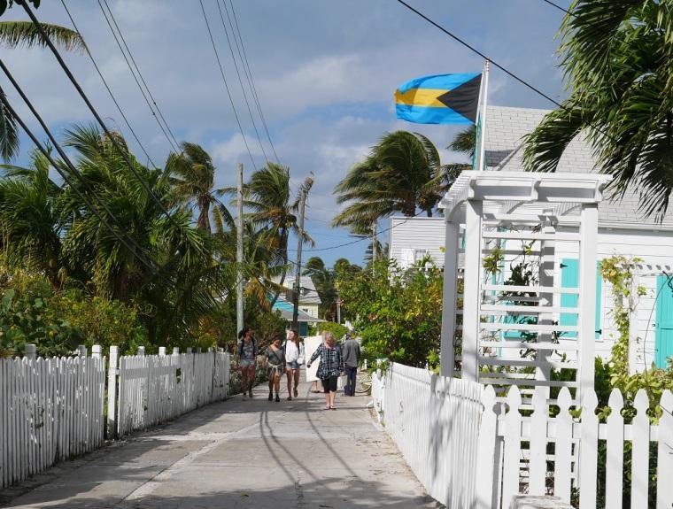 Street scene, Hope Town, Bahamas. www.littlehousebytheferry.com
