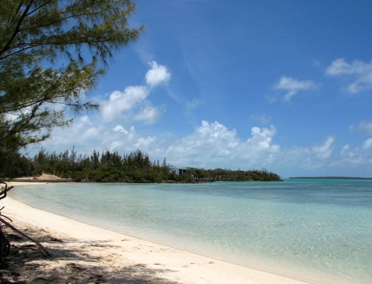 Coco Bay, Green Turtle Cay, Abaco, Bahamas.
