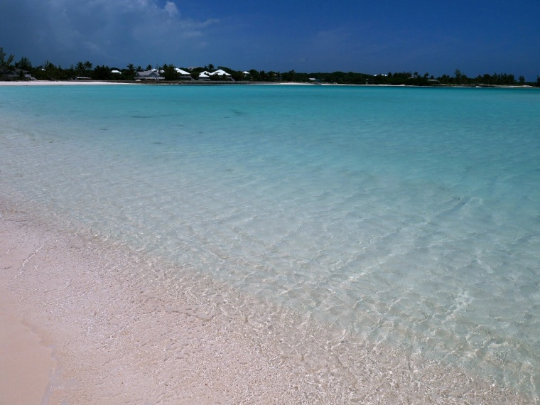 Gillam Bay Beach - Green Turtle Cay, Abaco, Bahamas - www.littlehousebytheferry.com