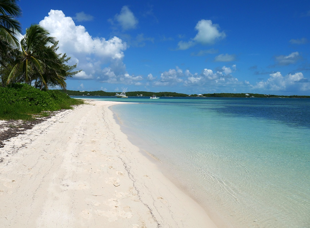 Tahiti Beach - Hope Town, Elbow Cay, Abaco, Bahamas - www.LittleHousebytheFerry.com