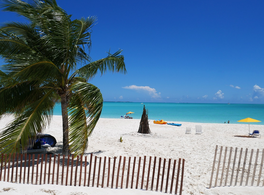 Treasure Cay Beach - Abaco, Bahamas (Photo: Amanda Diedrick - LittleHousebytheFerry.com)