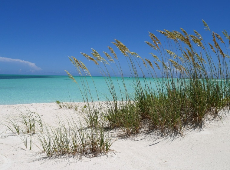 10 Ways to Save on Airfare to Abaco, Bahamas