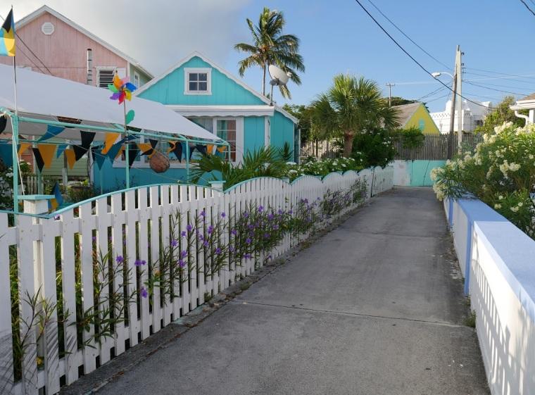 Colourful houses on Green Turtle Cay, Bahamas - www.LittleHousebytheFerry.com