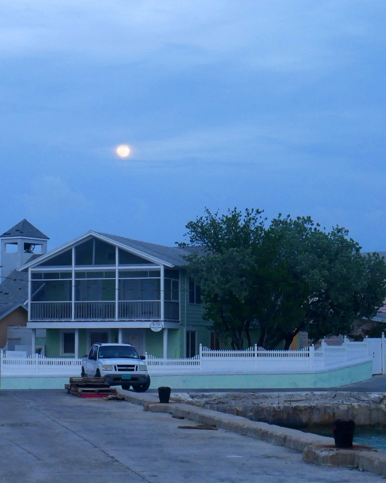 Full Moon - Green Turtle Cay, Abaco, Bahamas