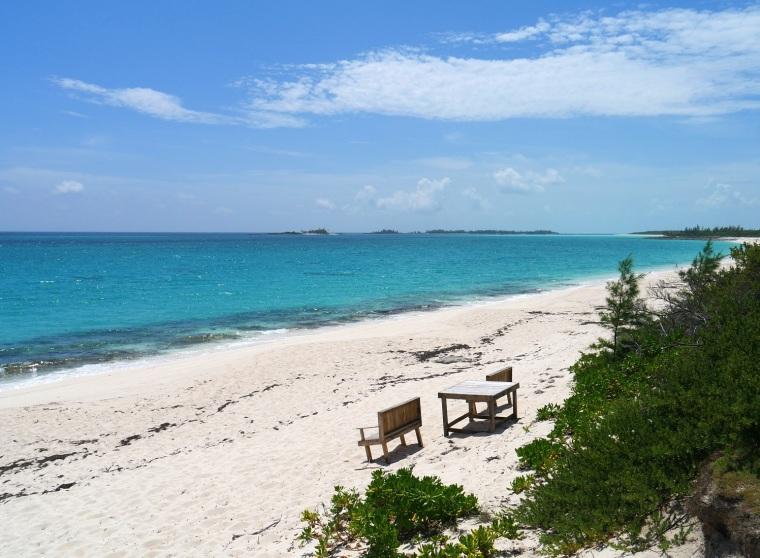 Ocean Beach - Green Turtle Cay, Abaco, Bahama