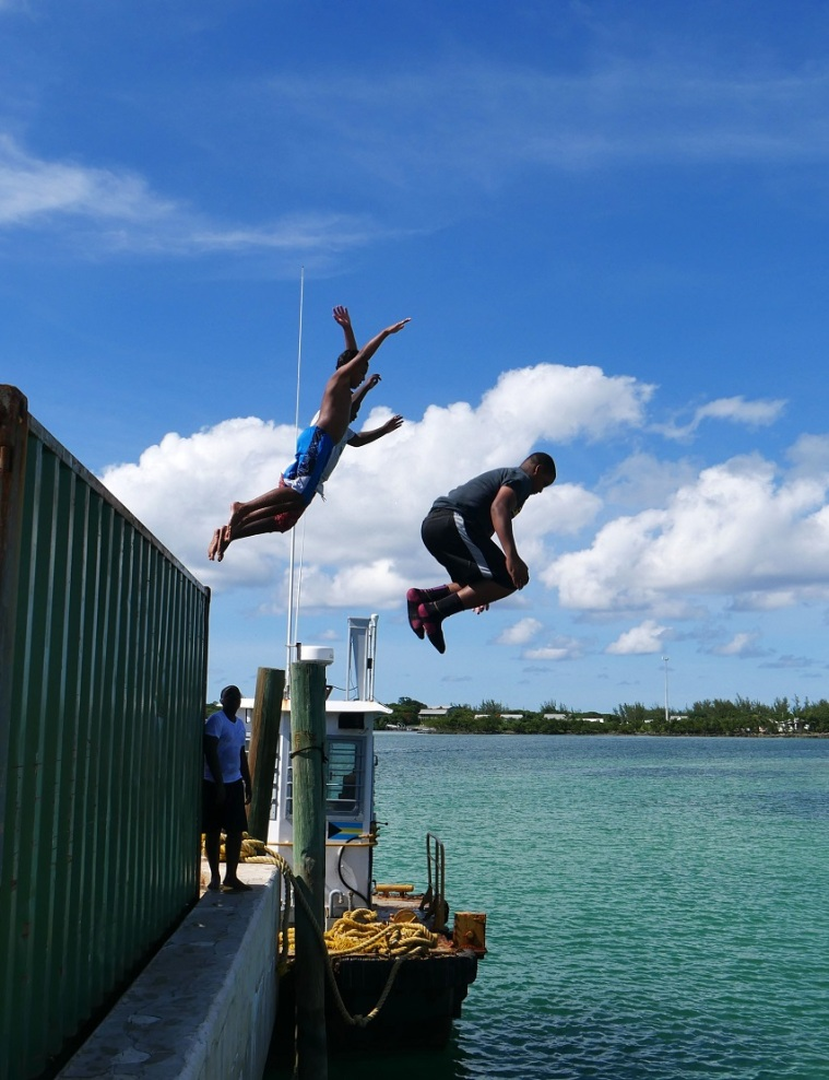 Diving Kids - Green Turtle Cay, Abaco, Bahamas - www.LittleHousebytheFerry.com