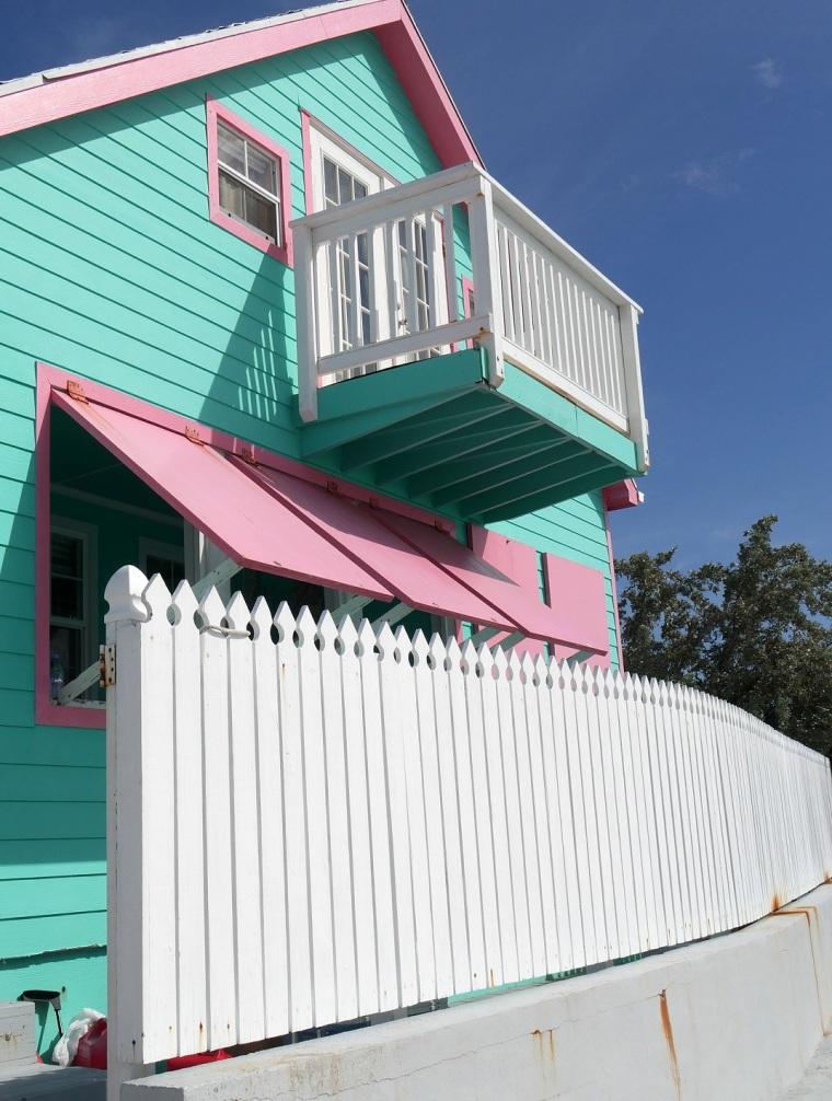 Green Turtle Cay, Abaco, Bahamas - LittleHousebytheFerry.com