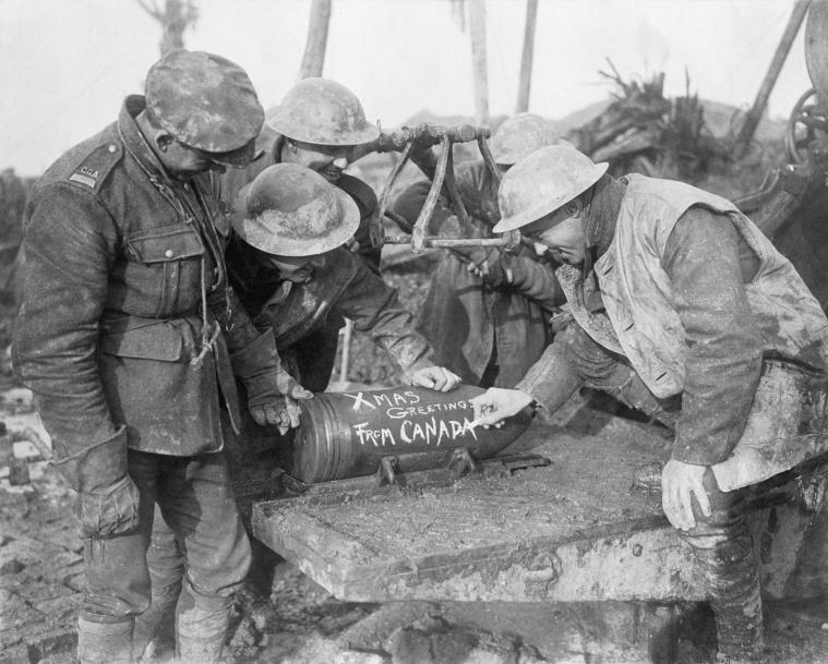 Canadian artillery men - November 1916