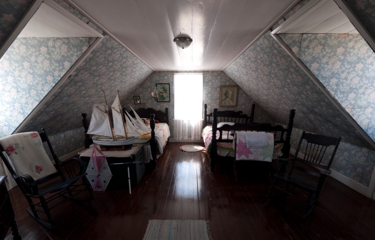 Upstairs bedroom, Albert Lowe Museum
